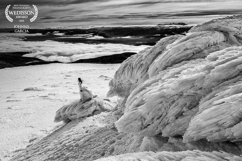 Fotografía premiada en el directorio Wedisson de Rusia, realizada por Johnny Garcia en la estación de esquí de la Covatilla